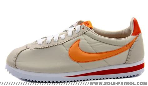 Sepatu Nike Cortez 09 Kanvas Orange nike womens cortez birch orange