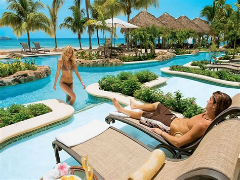 resorts with swim up rooms hotels with swim up suites honeymoon dreams honeymoon dreams