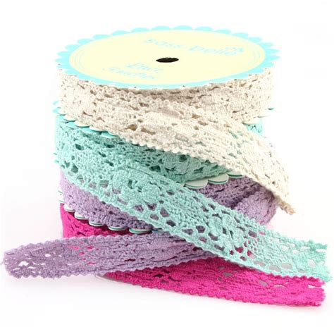 Ribbon Lace antique floral lace ribbon in 4 colours pipii