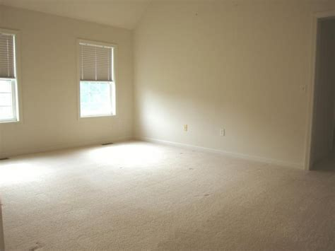 Room Vacant bunker hill road londonderry nh virtually staged