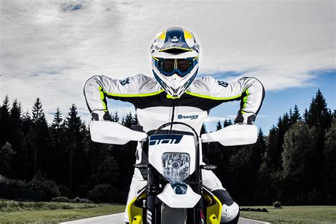 wallpaper husqvarna  supermoto  automotive