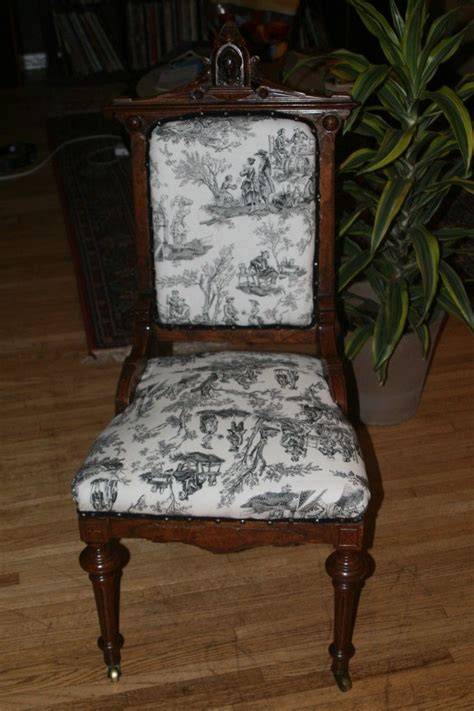 Reupholster Antique Chair by Reupholstering Antique Chairs For The Home