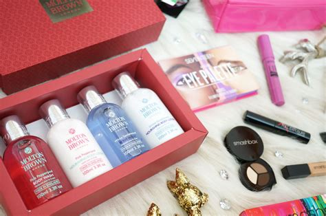 christmas beauty gift ideas from boots thou shalt not