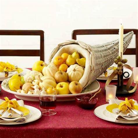 7 Gorgeous Thanksgiving Decor Items by 30 Thanksgiving Decor Ideas
