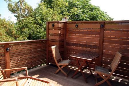 Deck Screen Wall - deck privacy walls best 25 deck privacy screens ideas on