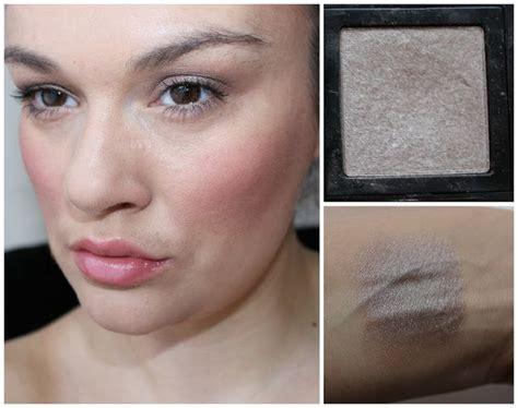 eyeshadow tutorial bobbi brown beautiful me plus you bobbi brown shimmer eye shadow in