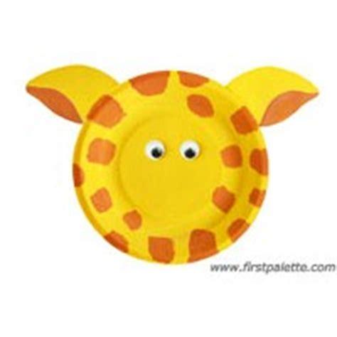 Giraffe Paper Plate Craft - paper plate giraffe