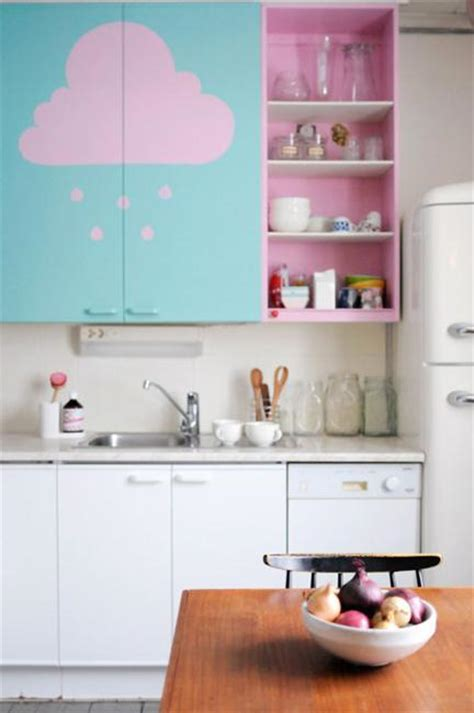 purple and pink kitchen colors adding retro vibe to modern kitchen design and decor