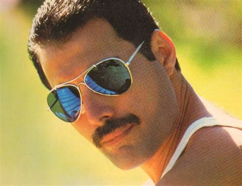 freddie mercury the freddie mercury biopic is back on stereogum