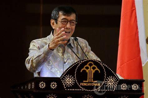 Hukum Kepegawaian Di Indonesia Eds 2 mei 2015 terpang nyata