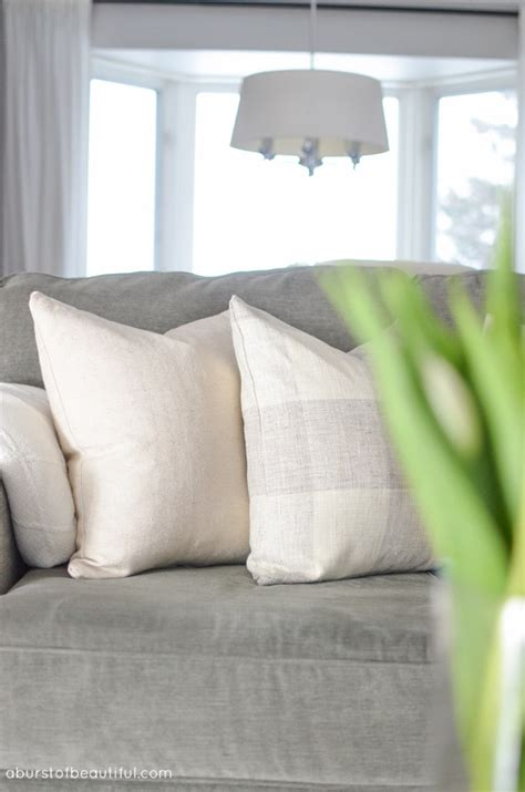 How To Sew Pillow Covers With Zippers by How To Sew A Zippered Pillow Cover A Burst Of Beautiful