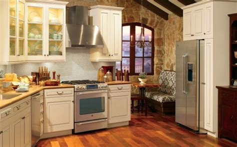 2019 Trends for Kitchen Designs: 25 Modern Photos and