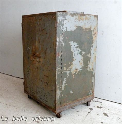 Metal Cabinet With Doors Best Vtg Industrial Two Door Metal Cabinet Must See For Sale Antiques Classifieds