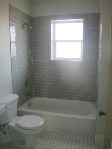 20 small bathroom remodel subway tile ideas small room decorating ideas subway tile small bathroom remodeling small room