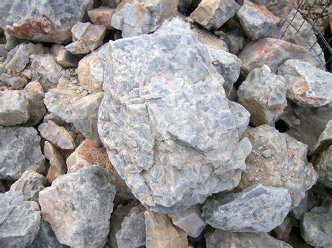 with stones polished rocks stones dakota s rock shop hill city
