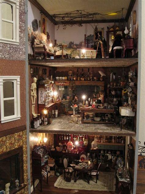 shelbys haunted doll house