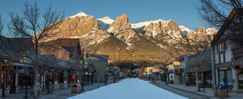 Alberta Canada Search The Charismatic Canmore Town Alberta Canada World For Travel