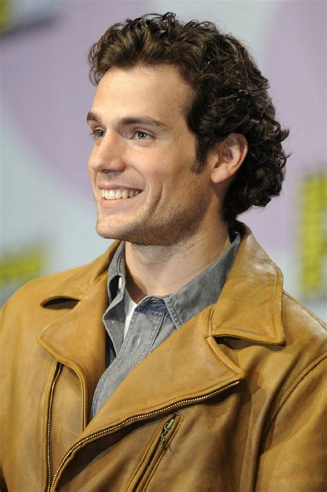 how to get hair like henry cavill 214 best henry cavill images on pinterest cute guys