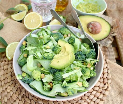Detox Recipes For Recovery by Check Out Green Detox Salad It S So Easy To Make
