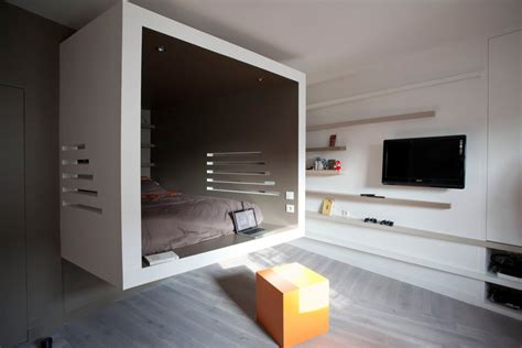 an inspirational apartment living in a shoebox this 302 square foot apartment feels much bigger than it
