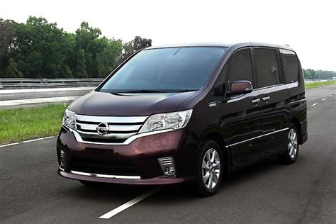 Serena Auto by Nissan Serena Car Of The Year 2013 Dealer Nissan Bali