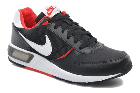 Nike Nightgazer nike nike nightgazer gs trainers in black at sarenza co uk 219324