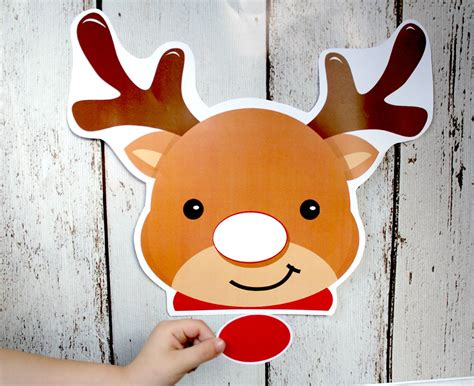 printable pin the nose on rudolph game jane