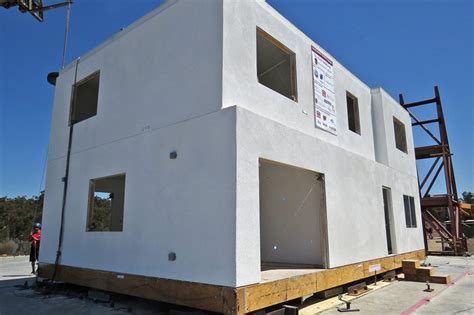 earthquake proof house stanford engineers build test earthquake resistant house gt engineering com