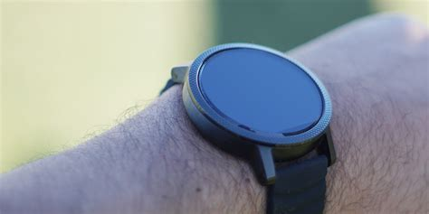 The Almost Disposable Motorola C139 Phone by Motorola Moto 360 V2 Review Still King Of The Hill