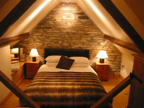 schlafzimmer mit dachschr 228 ge 34 tolle bilder - Beleuchtung Schlafzimmer Dachschräge