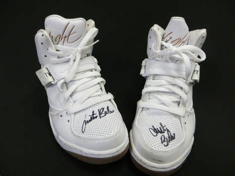 justin bieber basketball shoes justin bieber s nike shoes sold for 62 000 at ebay
