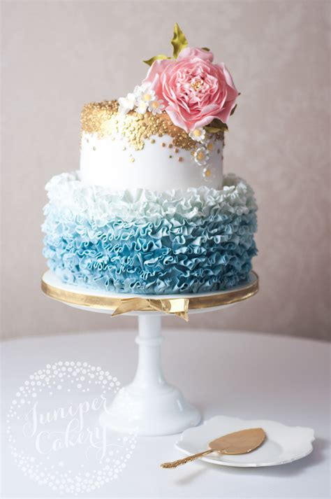 Wedding Ruffled by Pretty Blue Ombr 233 Ruffled Wedding Cake With Sugar Daisies