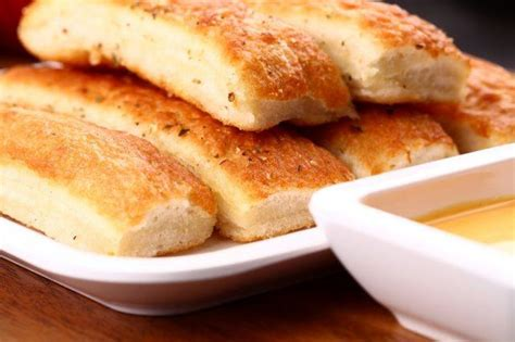 Olive Garden Breadsticks Calories by The 15 Healthiest Olive Garden Meals You Can Order