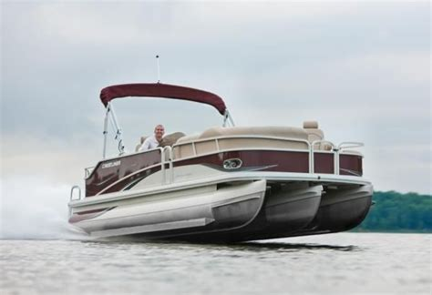 tritoon boats for sale in colorado 2010 crestliner 2785 grand cayman tritoon buyers guide