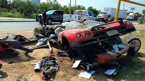 koenigsegg one 1 crash ultra expensive one off koenigsegg ccx crashed brutally