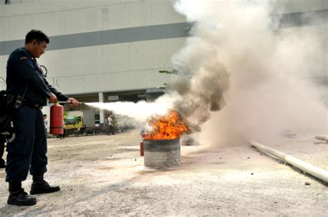 Alarm Tanda Bahaya heboh alarm tanda bahaya cibinong city mall ccm bogor