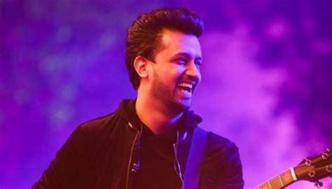 Another example of male bashing guy labelled molester at atif aslam s concert claims he was the