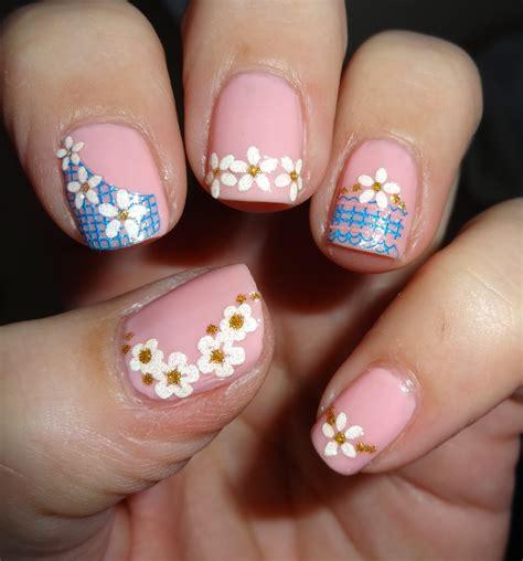 easy nail art using glitter wendy s delights born pretty flower reseau easy fast