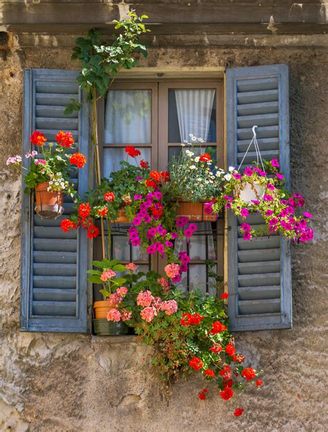 flowers window boxes 1000 images about beautiful window boxes and balconies on