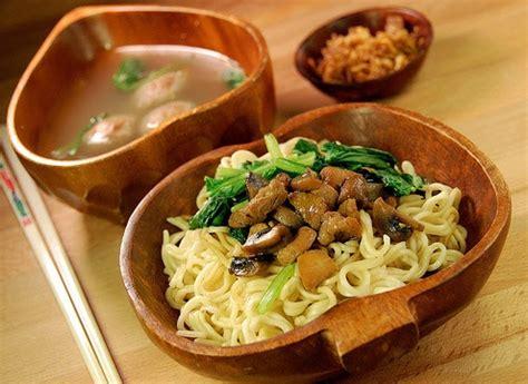 membuat mie ayam rumahan resep masakan indonesia resep mie ayam
