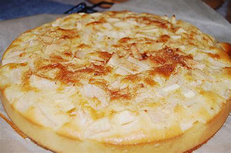 schneller saftiger kuchen schneller kuchen mit versunkenen 196 pfeln rezept mit bild