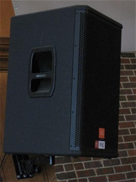 Speaker Jbl Mrx 2 x jbl mrx 500 speakers with wall mount attachments