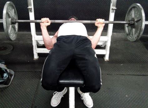 leg drive bench press 9 tips for improving leg drive on bench press myweightlifting com