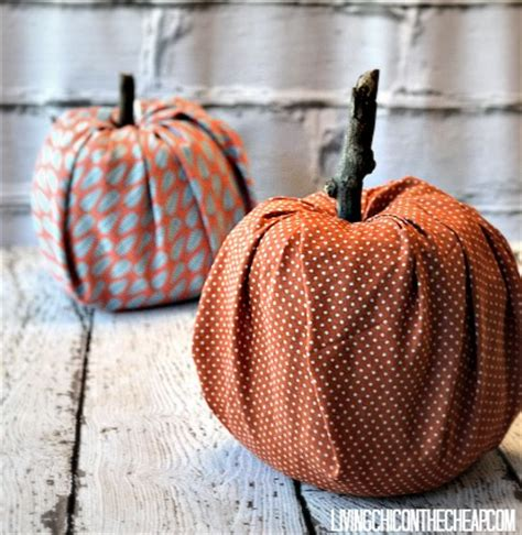 Toilet Paper Pumpkins Craft - 5 toilet paper roll crafts roommomspot