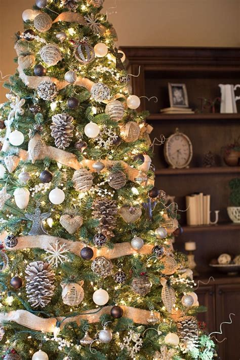 25 unique christmas tree decorations ideas on pinterest