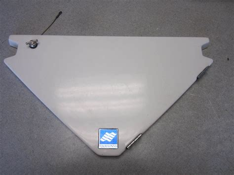 boat anchor hatch four winns boat white bow anchor storage compartment hatch