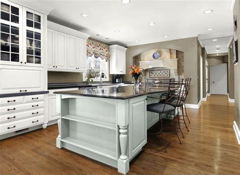 glidden paint colors for kitchen cabinets 17 best images about kitchen ideas on small