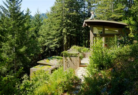 Valley Cabins by Mill Valley Cabins Are Green Roofed Low Impact Studios