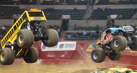 videos monster truck bus monster truck instigator monster jam sun