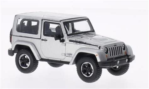 Jeep Polar Jeep Wrangler Polar Edition Gray 2014 Greenlight Diecast